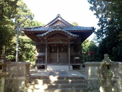 sugaakama_haiden (640x480).jpg