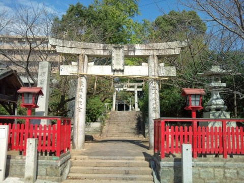 sugaakama_torii1 (640x480).jpg